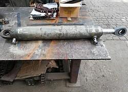 Opravy a výroba hydraulických komponentov